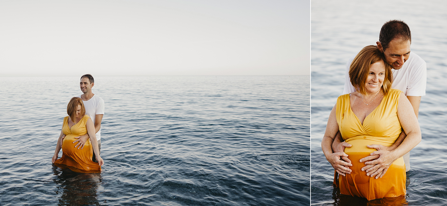 Maternity photographer in Deiva Marina, Italy. Mom and dad in the water. Rebecca Rinaldi Photography. Family lifestyle photographer in Italy.